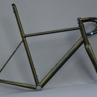 Thomas' V3 disc frameset